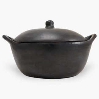 La Chamba 6 quart Oval Covered Casserole - Burnished Black